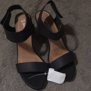 Black with wood block sandals
